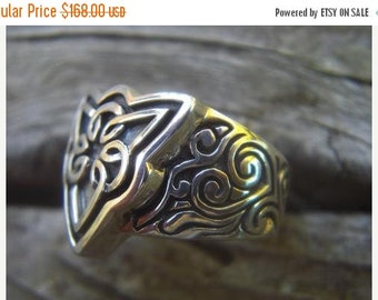 ON SALE Heavy Celtic Ring in Sterling Silver