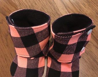 Size 12 to 18 month , Baby booties , crib shoes , plaid crib shoe,