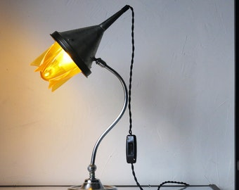Lampe de table L4035 « Crazy rocket »