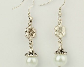 Flower White Glass Pearl Dangle Earrings
