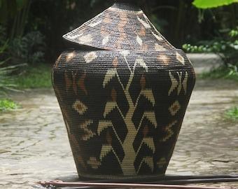 basketware/woven baskets/rattan baskets/homewares/patterned baskets/weave/storage baskets/decorative baskets/big baskets/beautiful baskets