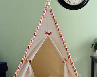 Ready to ship Teepee set, Wig-wag Trim canvas Kids Teepee withe poles, Play Tent, Play House, Tipi,Room Decor