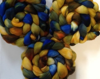 Hand Dyed gradient roving 2.3 ozs Superwash merino Ready to ship