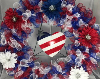 Patriotic mesh and heart