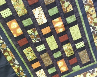Twin Quilt Modern Throw Blanket Dark Brown Autumn Leaves and Flowers