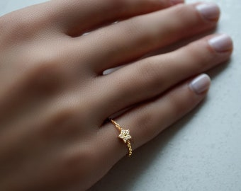 Wish Upon a star chain ring, shooting star, 14kt yellow gold