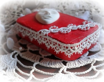 Altered Altoid Tin,  3.5 x 2.75 x .50 in, Jewelry, Credit Card Case, Coin Purse, Keepsake Box, Handcrafted, Mixed Media, Trinket Box, Red