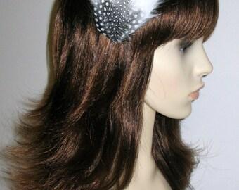 White Fascinator HAIR CLIP Bridesmaids Hair Accessory Handmade Black White Wedding Headpiece 'Gwen'
