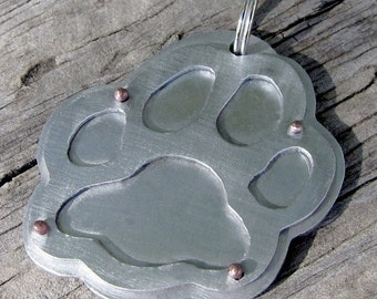 Paw tag, your pets info on back