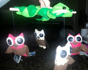 Owl crib mobile