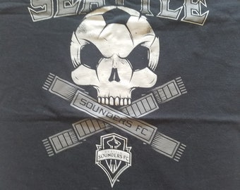Seattle Sounders size L