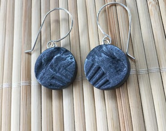 Faux Stone Dangle Drop Earrings Black Silver Circle - Handmade Rustic Textured Jewelry for Women Gift for Girlfriend Wife Sister Teacher Mom