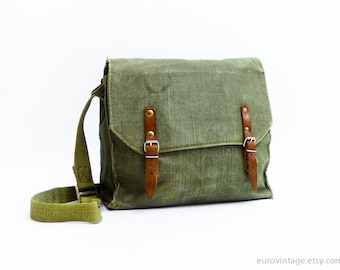 Vintage Military Green Cotton Canvas Messenger / Canvas Army Messenger Bag 70s / Green canvas Shoulder Bag, Army bag,  Military Bag