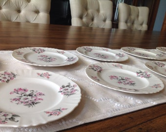 Aberdeen china, vintage china, vintage plates, shabby chic china, shabby chic wedding, boho wedding, farm house, french country house,