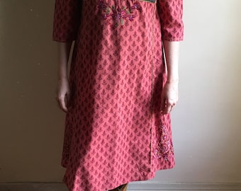 vintage.  Indian Red Paisley Print Orange Bohemian Cotton Dress   /  M to L