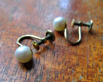 Vintage 6mm Cultured Pearl Earrings - Screw Backs - Simmons - Gold filled - 1950s to 1960s - Wedding Jewelry