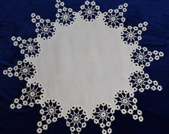 Vintage Linen and Crochet Starburst table cover