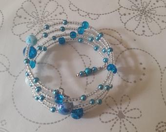 Blue beaded memory wire bracelet.