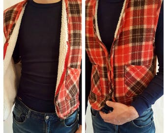 1970's red Cozy Sherpa Plaid Wool vest mens M made in India.