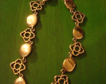 Vintage 1990s Gold Tone Link Neclace