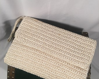 Vintage Cream Classic Woven Straw Clutch Purse