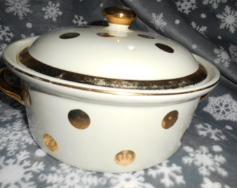 HALL Mid Century Flare Ware Ivory with Gold Polka Dot Casserole Dish #76 Dutch Oven Made in 1950's