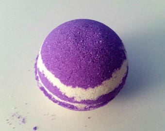 Winter Gardenia Bath Bomb