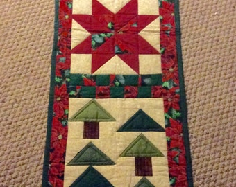 Made with Love in Alaska Country Charm quilted Table Runner, patchwork, handmade, vintage