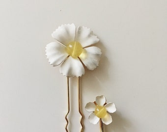 Daisy pins, #1401
