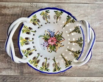 Glazed Pottery Lattice Basket with Braided Handles, RCCL Hand Painted Basket Made In Portugal, 80s Portuguese pottery floral basket, Easter