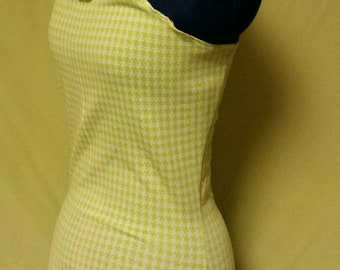 Green houndstooth hooded halter sz S/M
