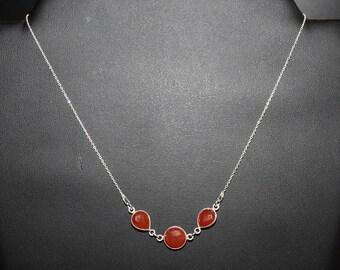 Trio carnelian necklace