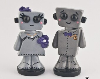 Robot Wedding Cake Topper Kawaii - Cute Bots Bride and Groom