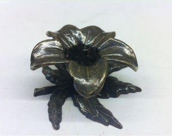 Brass Leaf and Flower Candle Holder - Candlestick Holder - Candle Stick Holder