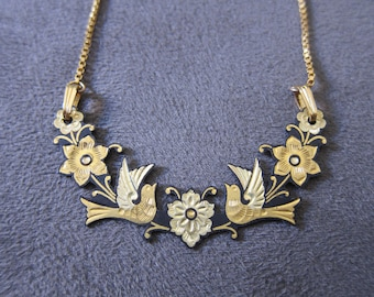 Vintage Women's Floral and Bird themed Necklace