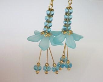 Crystal Flower Earrings, Blue Wedding Earrings, Blue Dangle Earrings, Bridal Jewelry, Blue Flower Earrings, Aquamarine Crystal