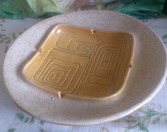 REDUCED  Large Haeger Ashtray with Felt tips on the Base to keep it from Scratching