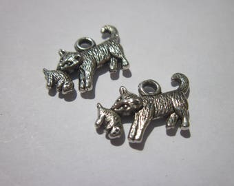 2 metal dog charms Silver (6107)