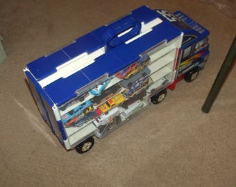 Hot wheels carrier truck case with hot wheels car collection