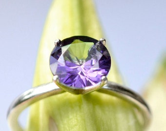 Amethyst Ring in Sterling Silver, Bridesmaids Gifts, Right-Hand Ring with Amethyst, February Birthstone, 2 ct Ring