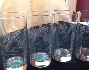 Vintage sSet Of 4 Etched Leaf Water/Tea Glasses/Water Tumblers