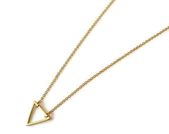 Triangle Necklace. Gold Plated Geometric Triangle Necklace. Play necklace. Dainty necklace. Minimalist necklace