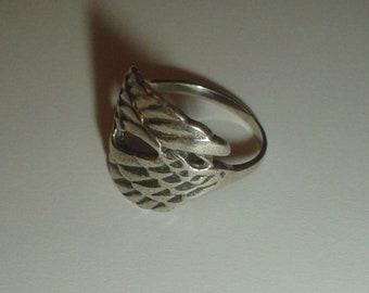Silver ring angel wings vintage sterling UK N US 6.5