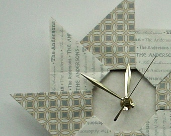 Personalized Family Surname Wedding Gift - HomeDecor - Origami Clock - Grey Pattern