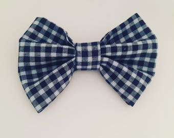 Hair bow in gingham blue and white