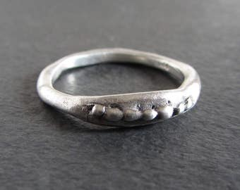 Rustic stackable ring in sterling silver / organic ring / artisan ring / primitive ring / dainty ring / rustic wedding band / silver ring