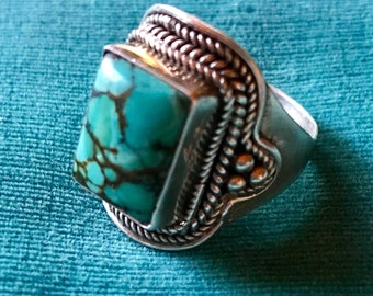 Vintage Southwestern Navajo Sterling Silver Blue Turquoise Ring