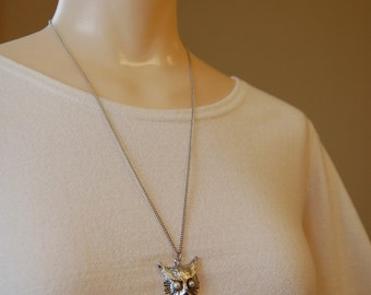 Owl with Abalone & Faux Pearl Eyes Silver Tone Pendant on Chain Necklace Vintage Costume Jewelry
