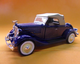 """1935 Chevy Standard Roadster   - Mint -   - Signature Scale Models,  1/32 scale, 7"""" long , all metal,"""
