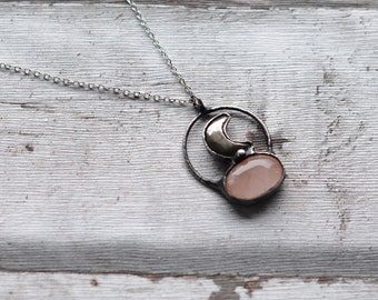 Rose quartz and pyrite necklace    / nickel&lead free chain  /